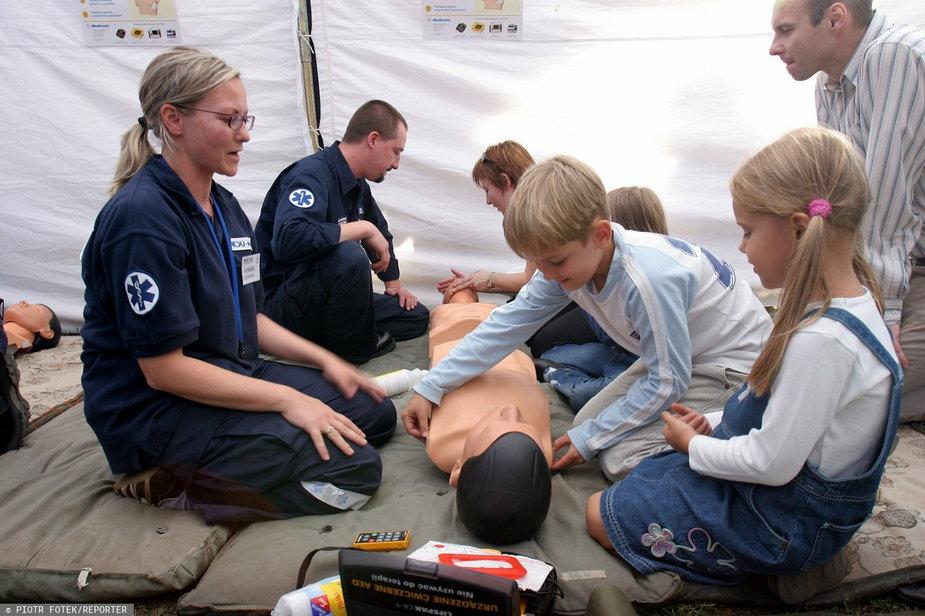 Jak udzielić pierwszej pomocy wkościele?