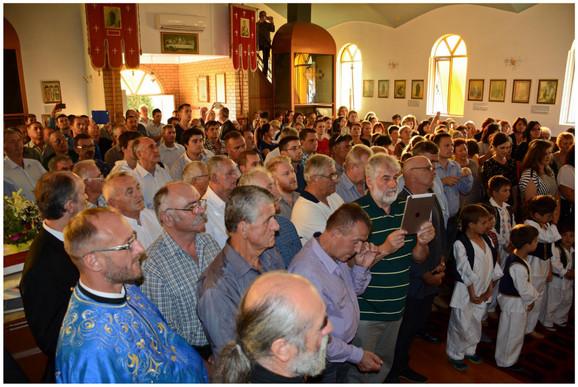 Pravoslavci u crkvi Svetog Georgija