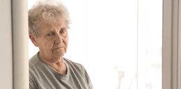 Uwaga! Biedronka rozdaje bony dla seniorów. Wydadzą miliony