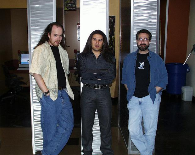 Od lewej: Tom Hall, John Romero i Warren Spector - założyciele Ion Storm