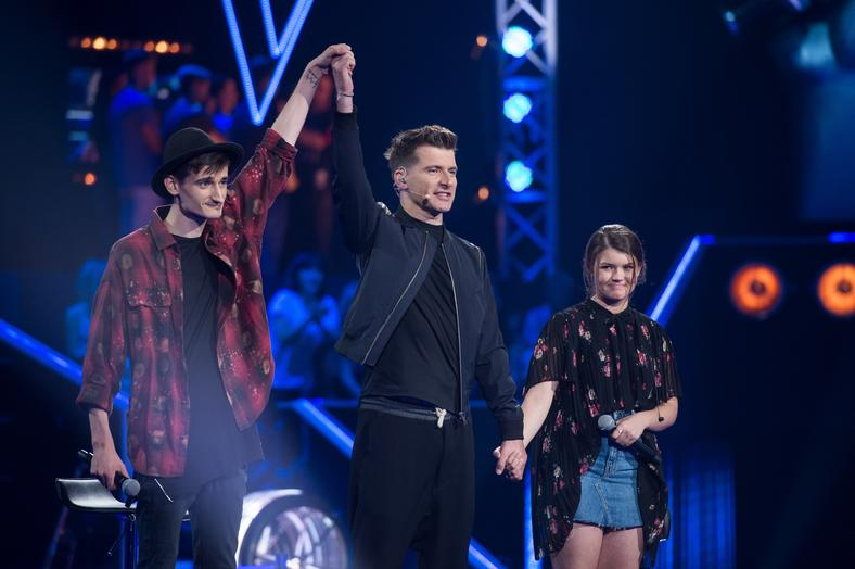 "Dawid Dubajka i Milena Mocek podczas bitwy w ""The Voice of Poland"""