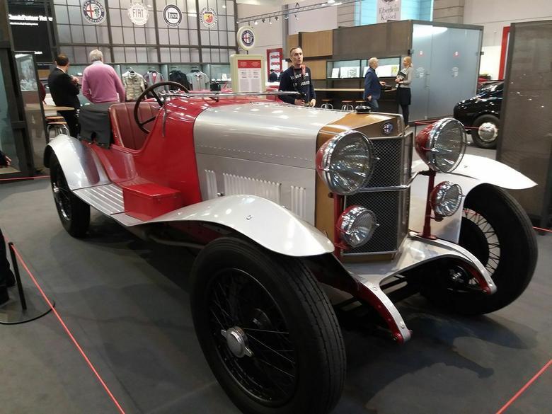 Wystawa w Paryżu – Alfa Romeo RL Super Sport MM