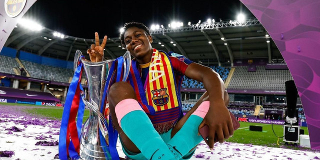 Asisat Oshoala makes history as the first African and Nigerian to win  Women's Champions League title | Pulse Nigeria