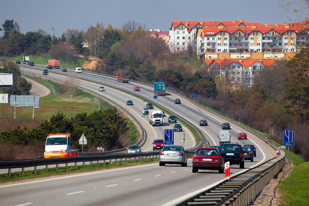 Prace na środkowym odcinku A2 między Łodzią a Warszawą wciąż trwają