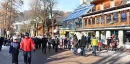 Górale zapraszają na sylwestra do Zakopanego. Oferują miejsca parkingowe i apartament gratis