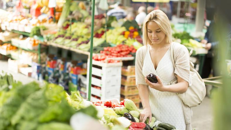 Które sezonowe owoce i warzywa są najzdrowsze?