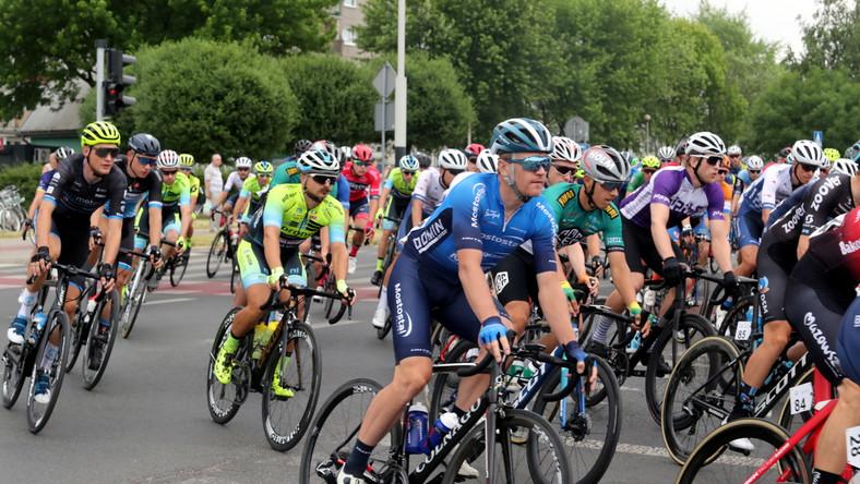 Start do pierwszego etapu 32. edycji kolarskiego Wyścigu Solidarności i Olimpijczyków