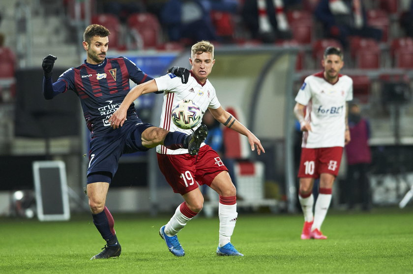 Ekstraklasa 23. kolejka:  ŁKS Łódź – Pogoń 0:0
