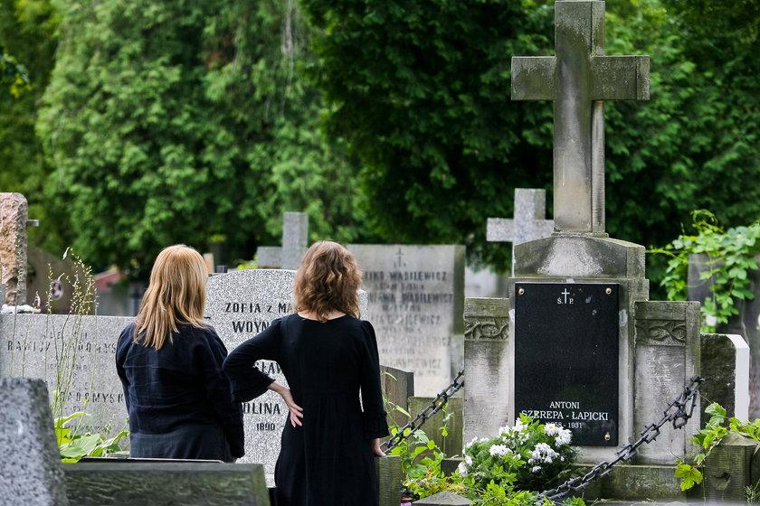 grób, Andrzej Łapicki