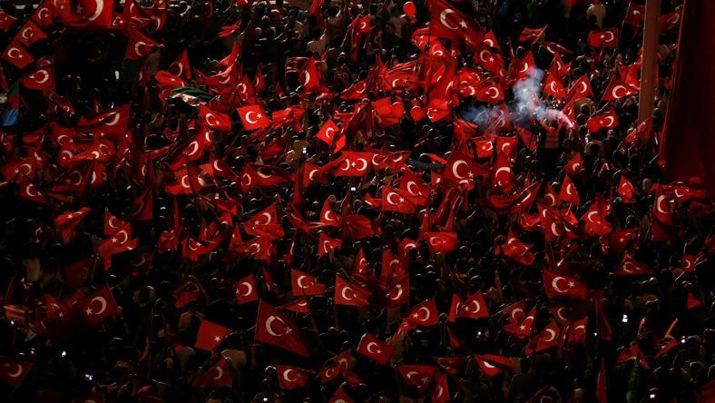 Węglarczyk: wierne Erdoganowi tajne służby wiedziały o planie przygotowywanym przez puczystów