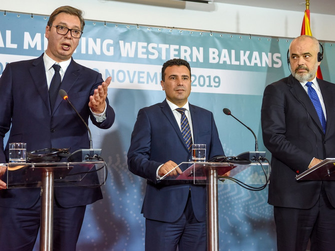 PATIKE Edija Rame postale hit na mrežama: Albanski premijer iznenadio stajlingom na sastanku sa Vučićem