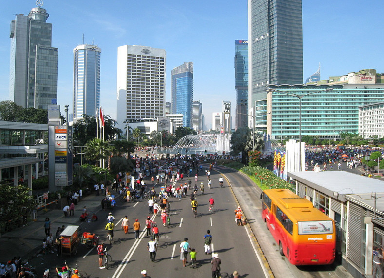 Car Free Day w Dżakarcie, fot. Gunawan Kartapranat via Wikimedia Commons