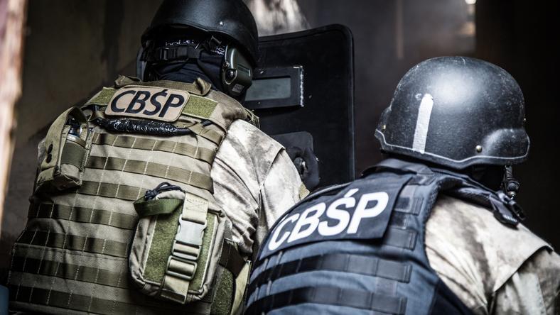 Funkcjonariusze CBŚP zatrzymali przestępcę poszukiwanego od dwóch lat