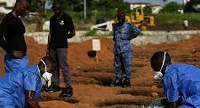Hundreds quarantined as Ebola returns to north Sierra Leone district