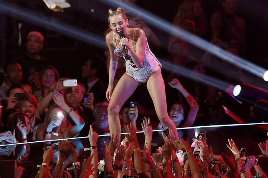 Miley Cyrus MTV Music Awards