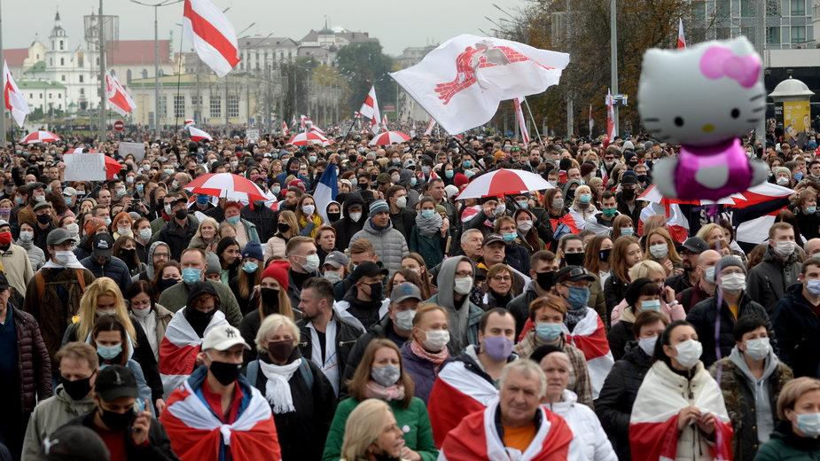 Dzisiejsze protesty na Białorusi zgromadziły tysiące osób