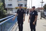 LESKOVAC01_Policajci koji su sprecili Leskovcanina da se ne baci s mosta_FOTO M Ivanovic
