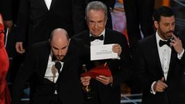 """Oscary 2017: polityczne aluzje i skandal podczas ogłaszania wyników. Nagrodę otrzymał """"niewłaściwy"""" film. To nie jedyna sensacja wieczoru..."""