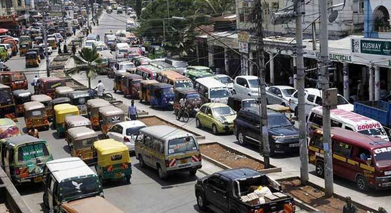 Vehicles stuck in traffic in Mombasa