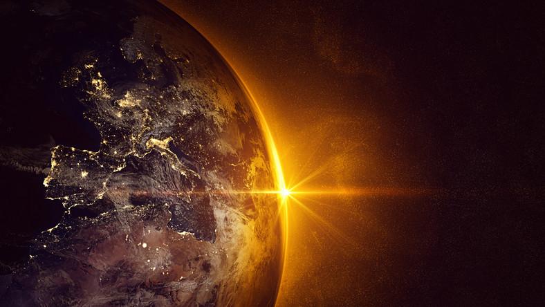 Ziemia i Słońce