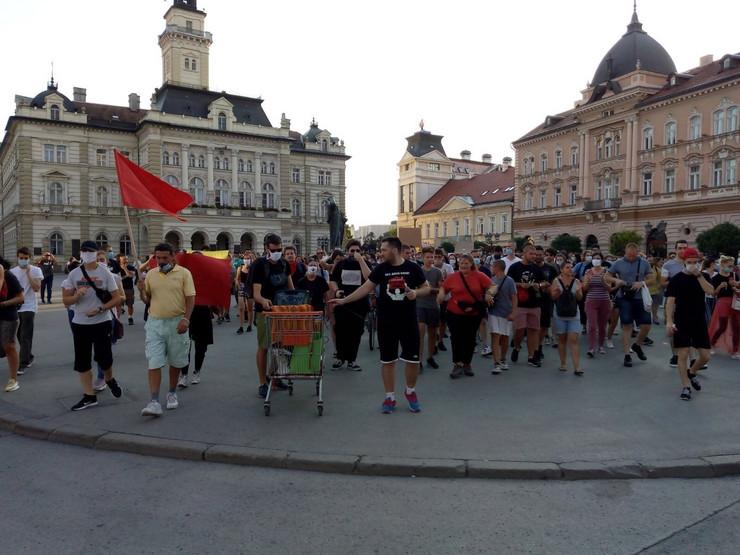 NS protest 5 dan foto RAS Zlatko Conkas