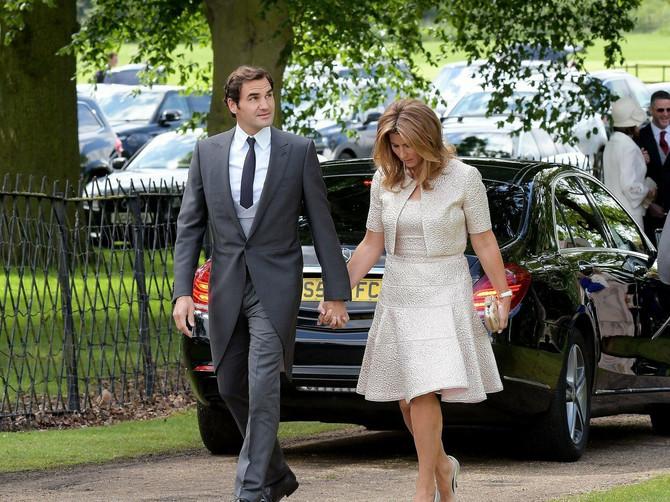 Rodžer i Mirka Federer pre nekoliko godina u Londonu
