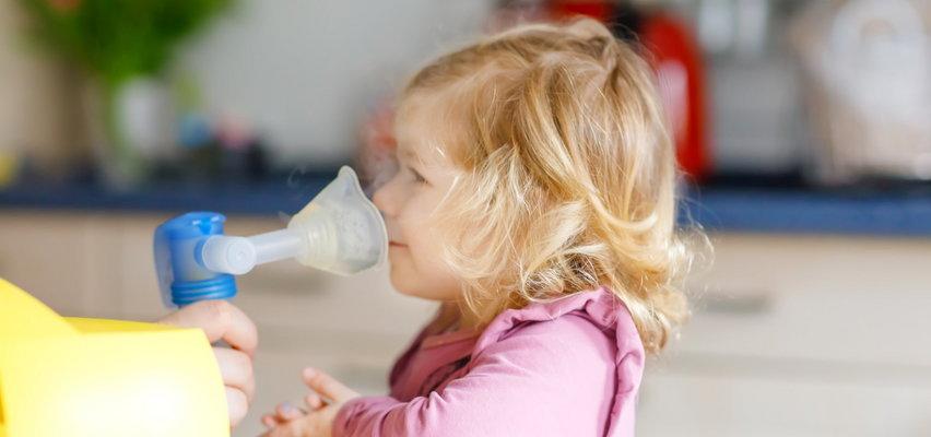 Sól hipertoniczna czy izotoniczna? Czym inhalować dzieci?