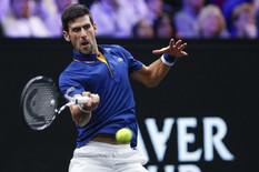 KAD SE FEDERER POKLONI ĐOKOVIĆU Zbog ovog Novakovog poteza Rodžer je skočio i oduševljeno aplaudirao! /VIDEO/