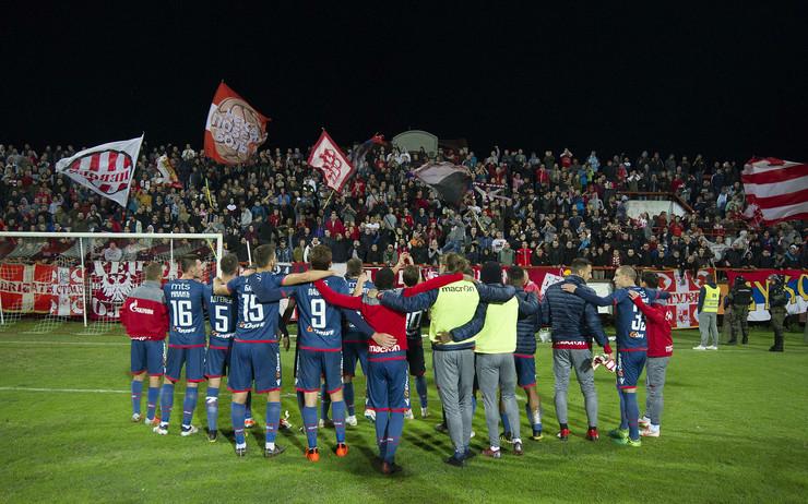FK Napredak, FK Crvena zvezda