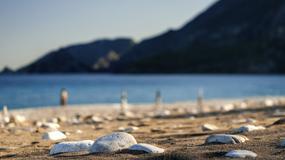 Turcja: amerykański turysta zatrzymany; kamienie z plaży to historyczne artefakty?