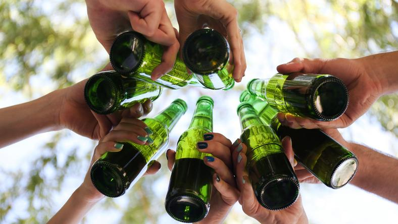 W Kędzierzynie powstaną altanki dla osób pijących alkohol?