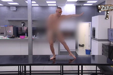 """ŠOKANTNO Učesnik """"Zadruge 2"""" potpuno GO, kamere ga snimale SVE VREME (VIDEO)"""