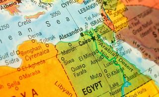 Rosja po sześciu latach wznawia połączenia lotnicze z egipskimi kurortami