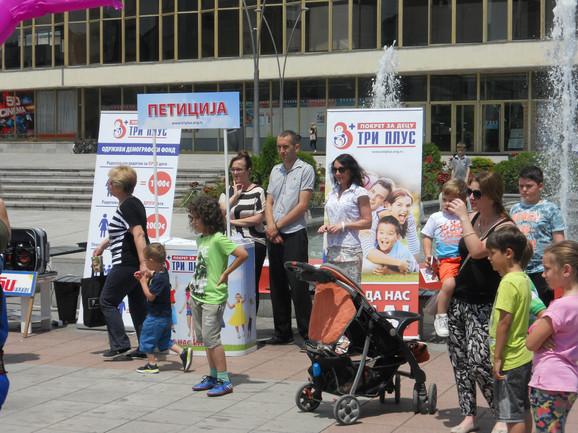 Za deset godina u Srbiji 383.000 stanovnika manje