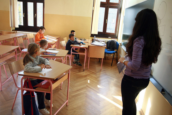Pored matematike deca uče i informatiku, a kurs se sastoji od 40 časova tokom cele školske godine