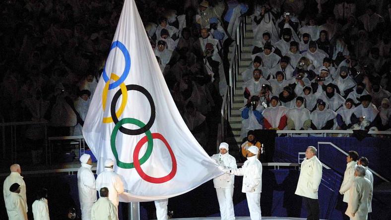 Flaga olimpijska ma już 99 lat