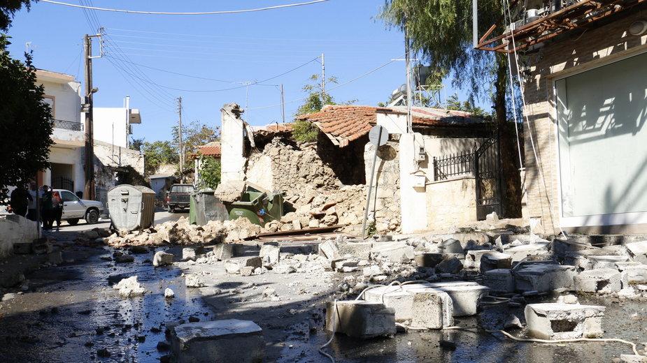 Miasto Arkalochori na Krecie po poniedziałkowym trzęsieniu ziemi