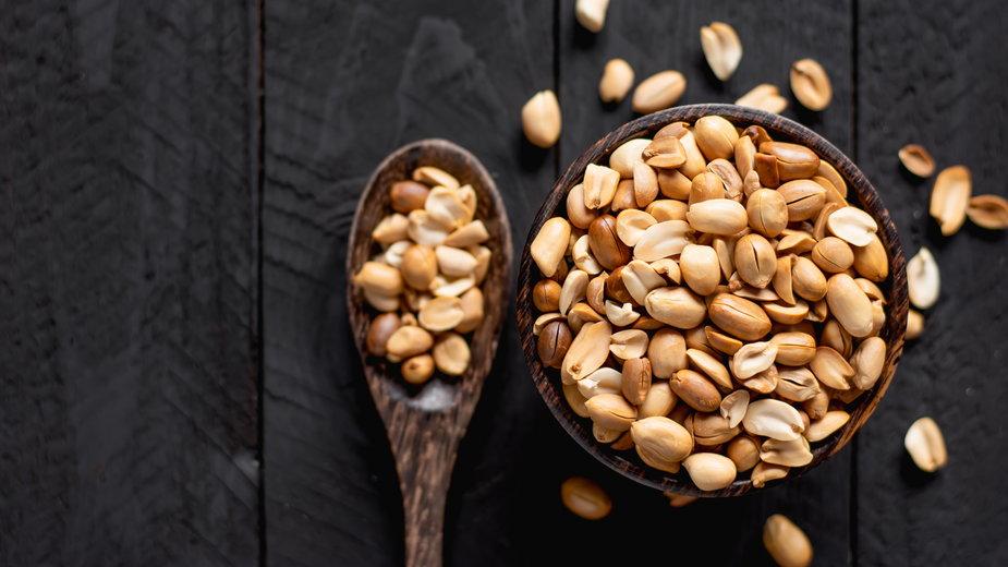 Ile kalorii mają orzeszki ziemne? Co warto o nich wiedzieć?
