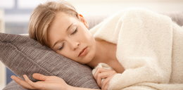 6 dziwnych zachowań podczas snu
