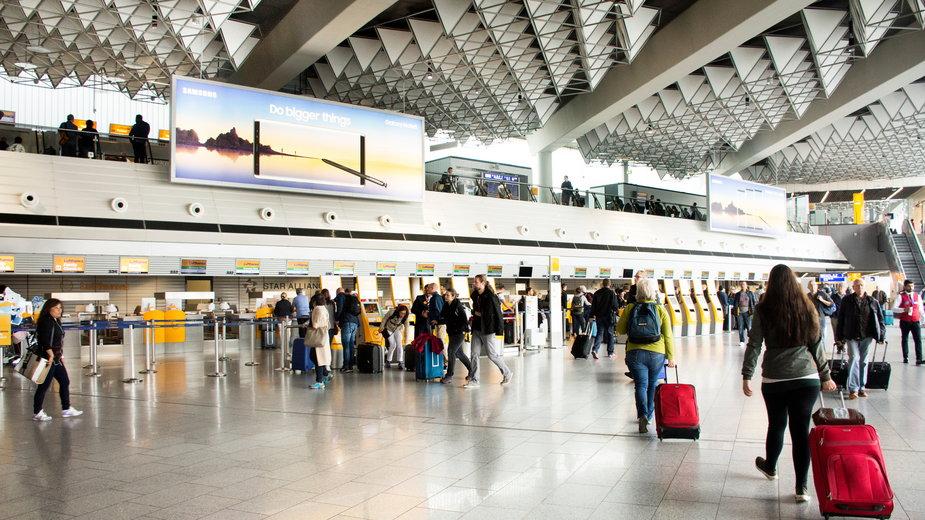 Czy Polacy mogą podróżować do Niemiec? Lotnisko we Frankfurcie, Niemcy