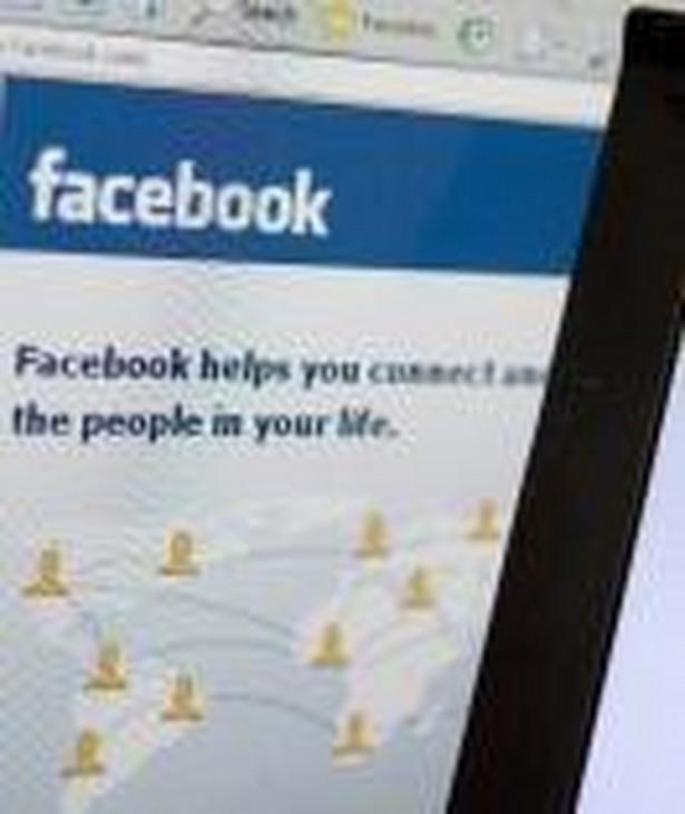 Zbudowanie dobrego profilu na Facebooku przekłada się na zyski firm. Osoby deklarujące się jako przyjaciele wydają znacznie więcej na produkty ulubionej marki niż klienci niebędący jej społecznościowymi fanami