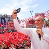 Erdogan već hladi šampanjac, ali konce bi mogao da mu pomrsi jedan BIVŠI NASTAVNIK FIZIKE