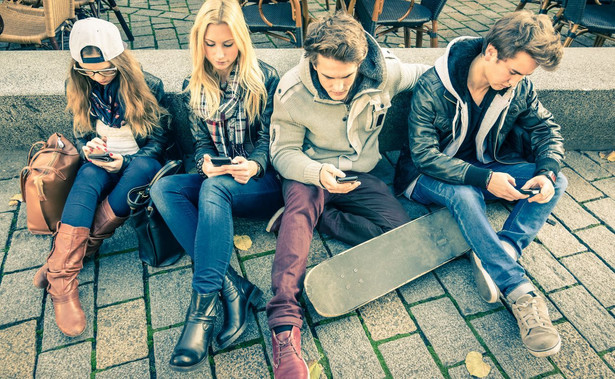 Samopoczucie najmłodszych Polaków jest najgorsze od 20 lat