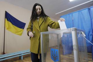 Rozpoczęła się II tura wyborów prezydenckich na Ukrainie