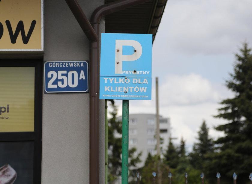 Czy tu wolno parkować?
