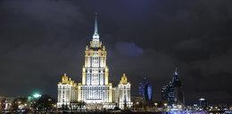 Janukowycz ukrywa się w tym hotelu! Wszędzie ma osiłków z kałaszami!
