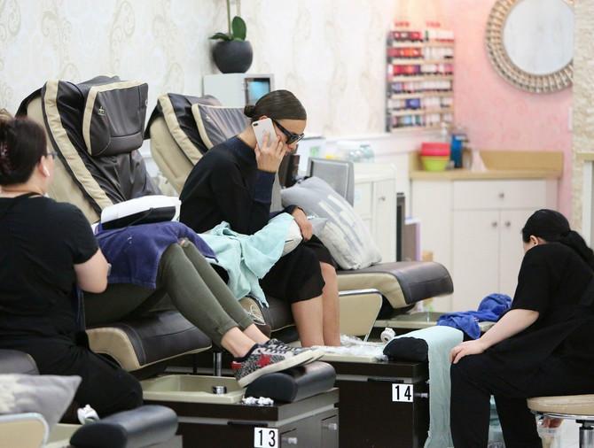 Irina u kozmetičkom salonu
