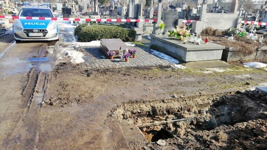 Wyszków: na cmentarzu znaleziono niewybuch z czasów II wojny światowej