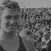 TARZAN JE IZ SRBIJE I OSVOJIO JE PET OLIMPIJSKIH MEDALJA Legendarni Džoni Vajsmiler je iz Banata, u vaterpolu je bio kao delfin iako je igrao za SAD - a u Holivudu je zgrnuo MILIONE