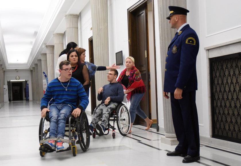Niepełnosprawni będą protestować